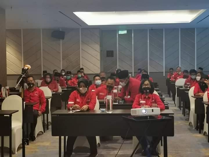Anggota DPRD Fraksi PDI Perjuangan Ikuti Bimtek Penguatan Kapasitas dan Kapabilitas Diri