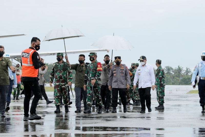 Panglima TNI dan Kapolri Tinjau Langsung Kondisi Perkembangan Kasus Covid-19 di Babel