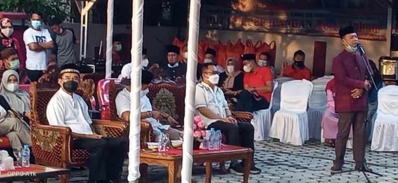 Herman Suhadi Hadiri Buka Bersama Di DPC Bangka