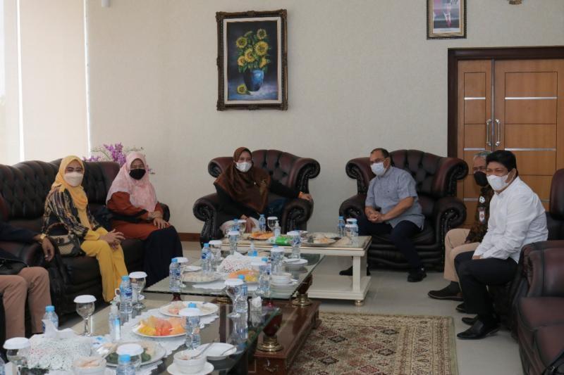 Kunjungan Kerja Rombongan Komisi IX DPR RI Untuk Serap Aspirasi Terkait Kesehatan dan Ketenagakerjaan