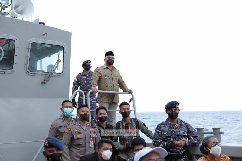 Gubernur Erzaldi Berkesempatan Mengunjungi KRI Semarang-594