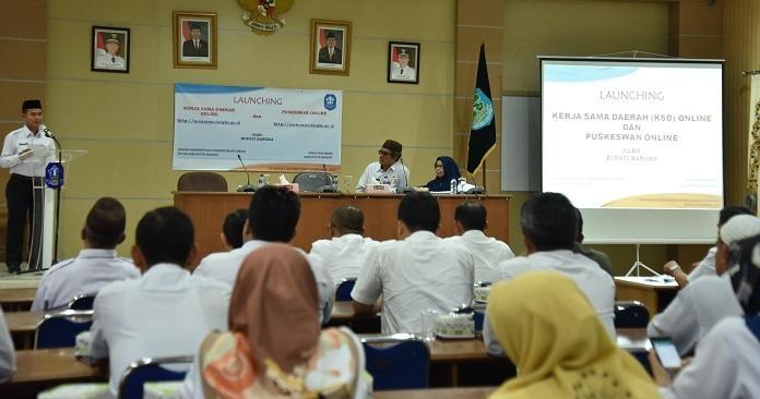 Bupati Bangka Launching Website KSD dan Puskeswan Online