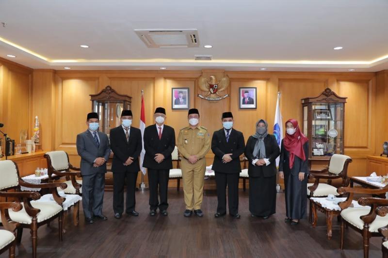Gubernur Lantik Widyaiswara Ahli Utama