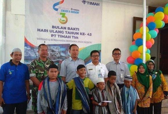 720 Anak di Sungailiat Disunat oleh PT Timah