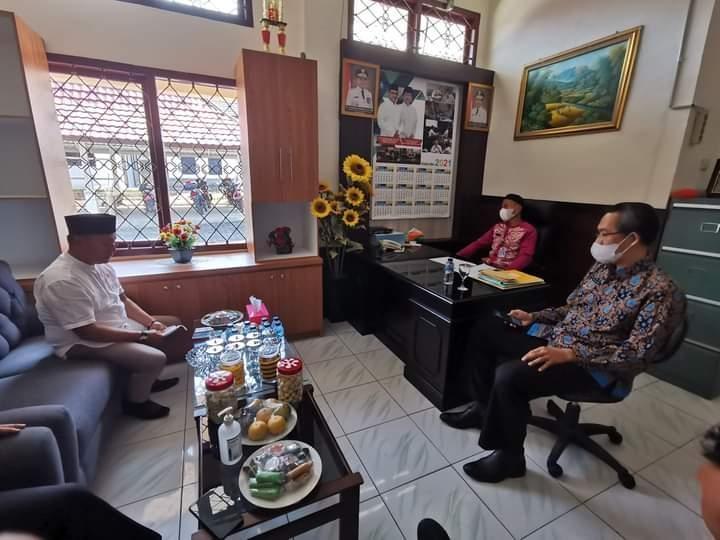 Gali Potensi dan Optimalisasi Pajak, Ketua DPRD Kep. Babel Tinjau UPT Bangka Barat