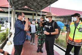 Menteri Sandi Beri PR Saat Tinggalkan Belitung