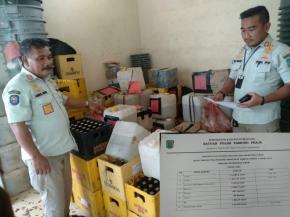 Sepanjang Tahun 2020, Satpol PP Kabupaten Belitung Berhasil Mengamankan 2 Ton Lebih Arak Siap Edar