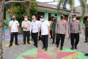 Pimpin Rapat PPKM di Sekolah, Gubernur Jelaskan Esensi Penerapan PPKM