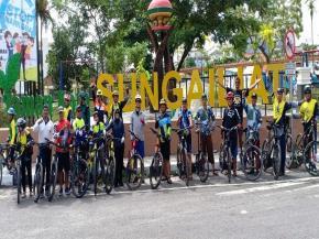Bersepeda Bersama Itu Bagi Danlanal Babel Meningkatkan Kekompakan