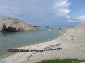 Status Pelabuhan Sungailiat: Pengumpan Lokal Atau Pengumpan Regional?