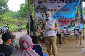 Kelompok Tani Desa Tanjung Gunung Dapatkan Bantuan Bibit Bawang