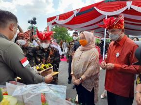 Walikota Meresmikan Jerambah Gantung