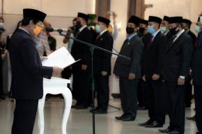 Wagub Abdul Fatah Lantik dan Kukuhkan Jabatan Struktural di Lingkup Pemprov. Babel
