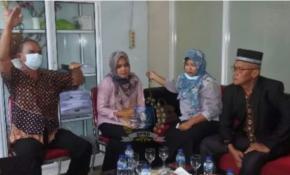 Wakil Ketua  DPRD Babel Yoga Nursiwan berserta anggota Komisi I kunjungi desa Zed