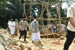 Safari Jumat Gubernur Erzaldi Bantu Pembangunan Masjid Al-Mukmin Tumbak Petar