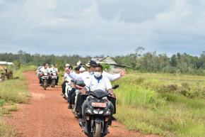 Gubernur Erzaldi Tinjau Lokasi Sawah Padi Desa Kepoh