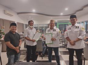 penandatanganan MoU HIPMI dan JMSI  dihadiri Dewan Pembina BPD HIPMI Provinsi Bengkulu Yuan Degama dan Pengurus HIPMI