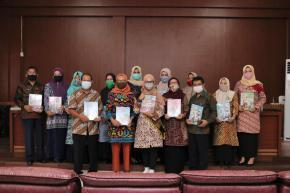Bunda Melati Distribusikan MAUDI, Media Pembelajaran Bagi Anak dan Bunda PAUD