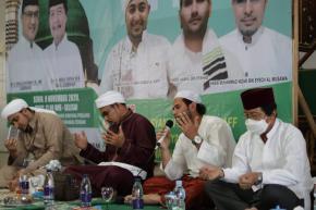Bersama Masyarakat, Wagub Abdul Fatah Hadiri Peringatan Maulid Nabi Muhammad