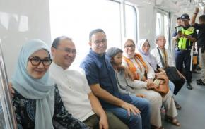 Anies Undang Gubernur Erzaldi dan Istri Cicipi MRT