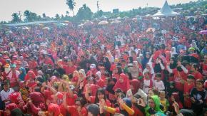 Seknas Jokowi Gelar Jalan Santai di Taman Mandara Pangkalpinang