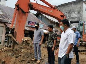 Ketua DPRD Babel Tetap Tinjau Pengerjaan Jalan Ibul - Parittiga