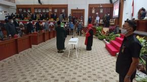 Herman Suhadi resmi dilantik menjadi Ketua DPRD Babel Masa Jabatan 2019 - 2024