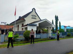 Polres Bangka Barat Pastikan Penerapan Protokol Kesehatan di Gereja di Terapkan