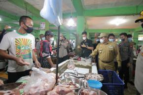 Stabilkan Harga Daging Sapi Jelang Lebaran, Gubernur Gelar Operasi Pasar