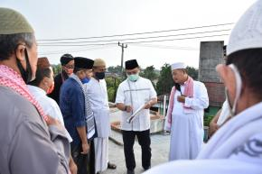 Gubernur Babel Erzaldi Rosman Tinjau Pembagunan Masjid Al - Hafiz Kace Timur