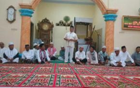 Gubernur Sholat Subuh Bersama Masyarakat Desa Mayang