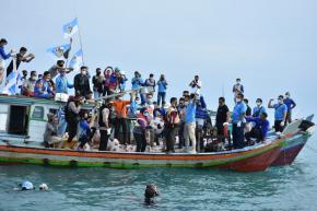 Gubernur Erzaldi dan KNPI Babel Lakukan Aksi Unik Jaga Kelestarian Lingkungan