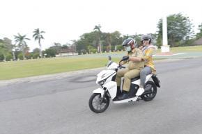 Motor Listrik Gesits Buah Pemikiran Anak Indonesia dan BUMN