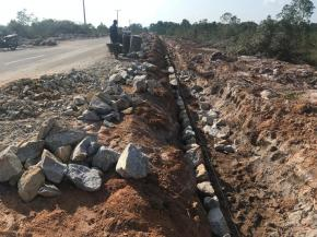 PPK Proyek Jalan Renggiang Gantung Beltim Ancam Bongkar Pekerjaan Siring PT. Peduli Bangsa Jika tak Sesuai RAB