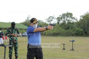 Tingkatkan Konsentrasi, Gubernur Erzaldi Ajak Anak Muda Gemar Olahraga Menembak