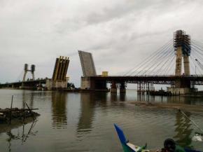 Fraksi Gerindra dan Madani Tolak Eskalasi Proyek Jembatan Baturusa II Rp35 Miliar