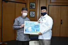 Ikatan Pondok Modern Gontor Bersilaturahmi Dengan Gubernur Erzaldi